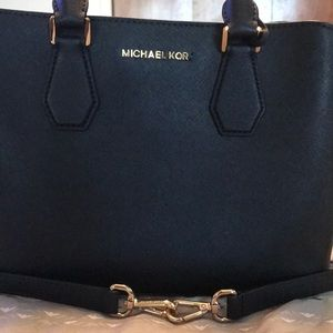Cute Michael Kors Purse